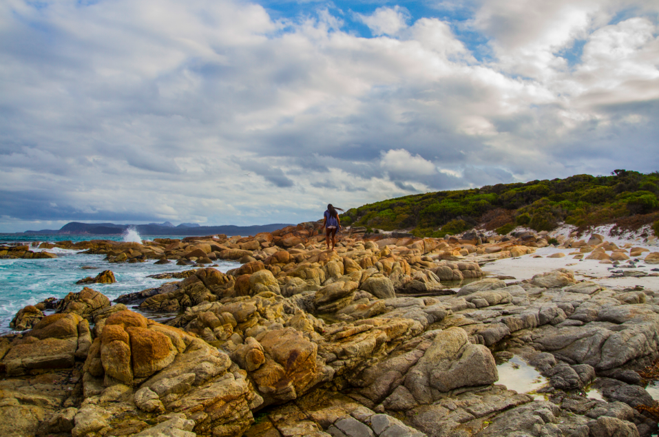 Friendly Beach - Freycinet National Park - Tasmania © iamabackpacker