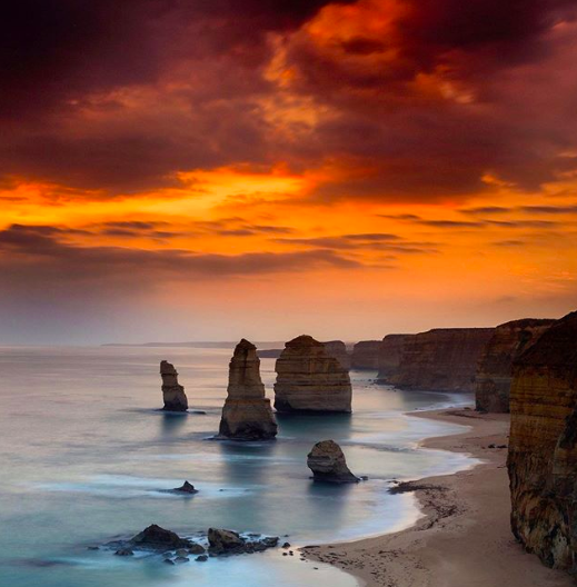 The Twelve Apostles - © raejmartens