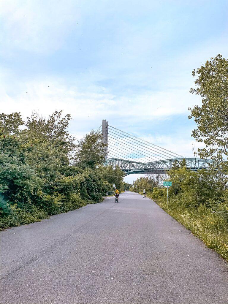 Velo Montreal Ile du Seigneur - Le French Explorer